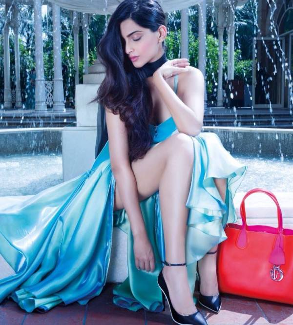 sonam-kapoor-photoshoot-for-hi-blitz-magazine-december-2013- (1)