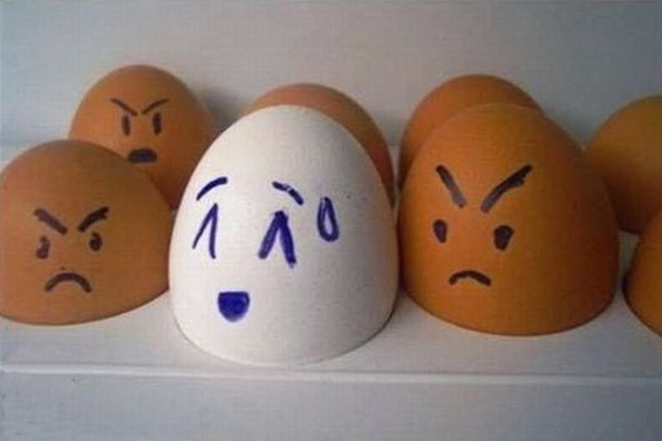 funny-eggs-expression- (1)