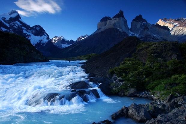 mountain-river-photos- (1)