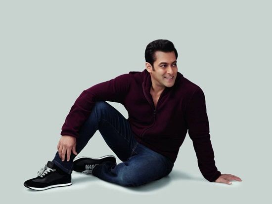 salman-khan-photoshoot-for-splash-winter-collection-2013-2014- (10)