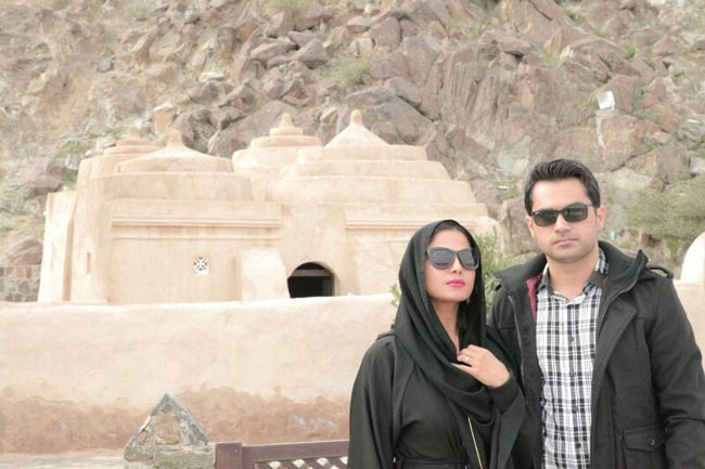 veena-malik-road-trip-with-husband-asad-bashir- (4)