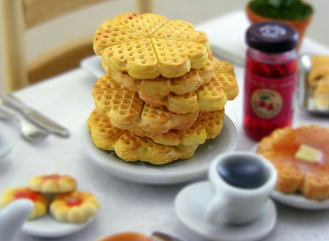 miniature-food-sculptures-by-shay-aaron- (10)