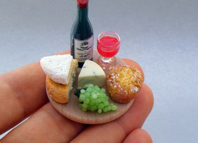 miniature-food-sculptures-by-shay-aaron- (4)