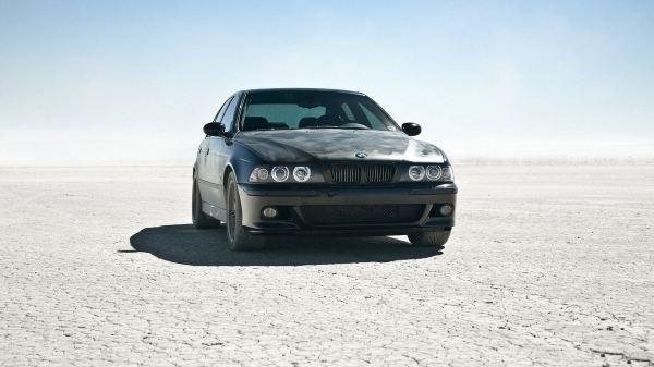 best-car-wallpapers-15-photos- (12)