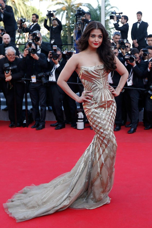aishwarya-rai-at-cannes-film-festival-2014- (19)