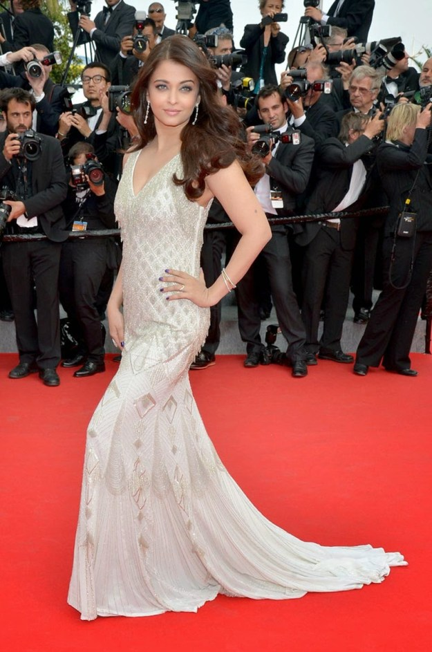 aishwarya-rai-at-cannes-film-festival-2014- (41)