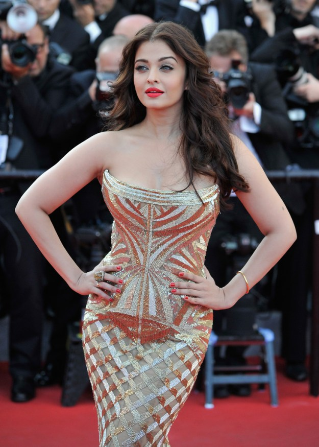 aishwarya-rai-at-cannes-film-festival-2014- (8)