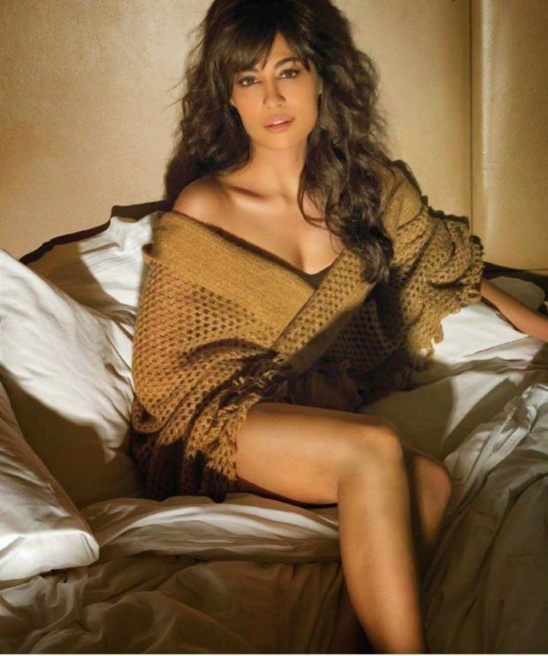 chitrangada-singh-photoshoot-for-maxim-india-may-2014- (6)