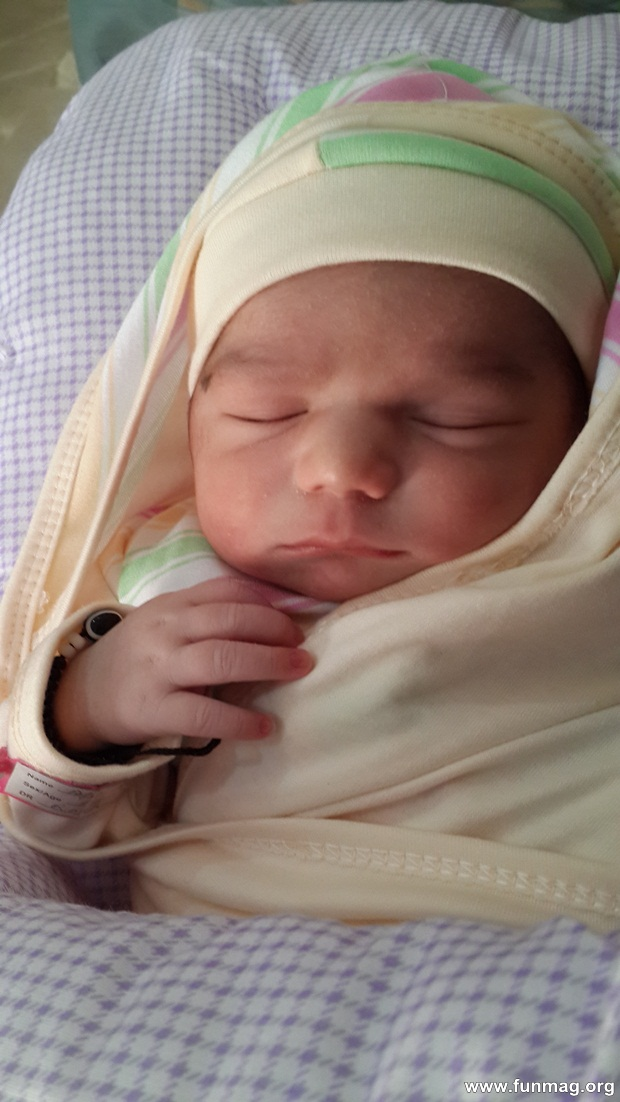 new-born-baby-aizab-31-photos- (7)