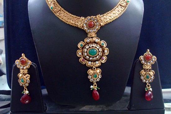 kundan-jewelry-sets- (1)