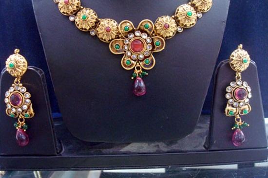 kundan-jewelry-sets- (2)