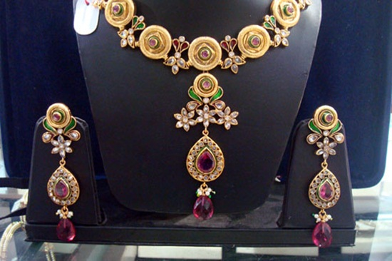 kundan-jewelry-sets- (3)