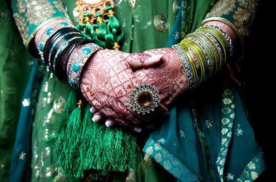 colorful-bangles- (8)