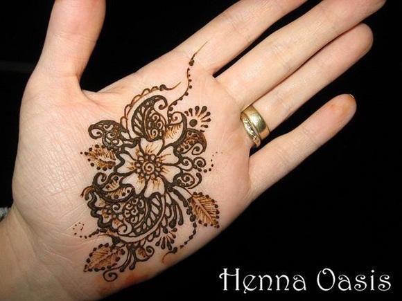 latest-mehndi-designs-for-eid-ul-adha-2014- (13)