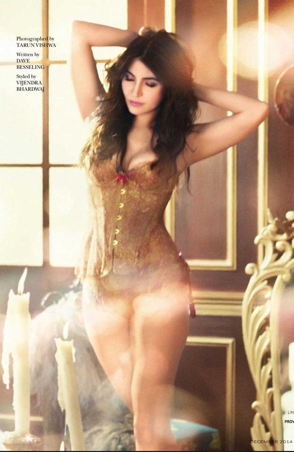 anushka-sharma-photoshoot-for-gq-magazine-december-2014- (1)