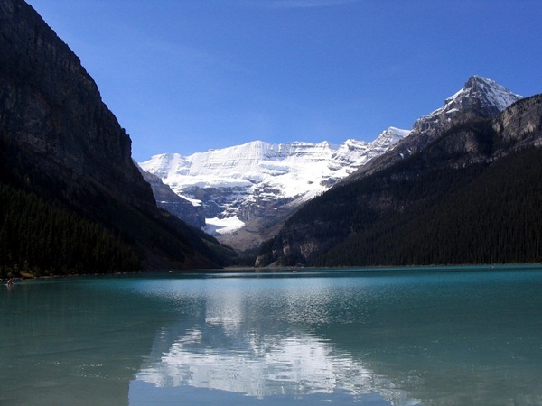 beautiful-lake-19-photos- (1)