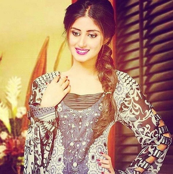 sajal-ali-photos- (16)