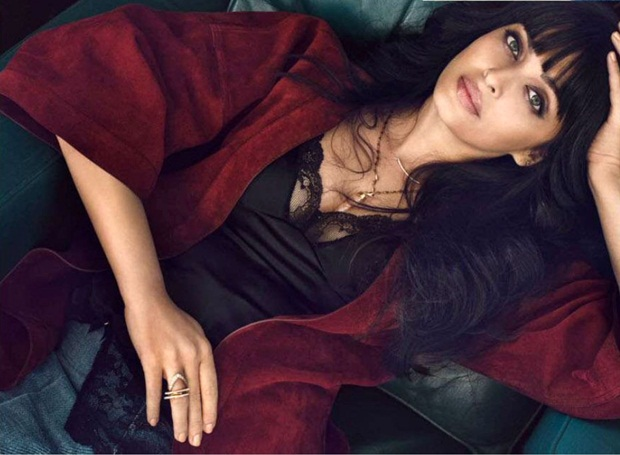 aishwarya-rai-photoshoot-for-vogue-magazine-march-2015- (13)