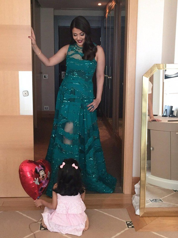 aishwarya-rai-at-cannes-premiere-of-carol-2015- (15)