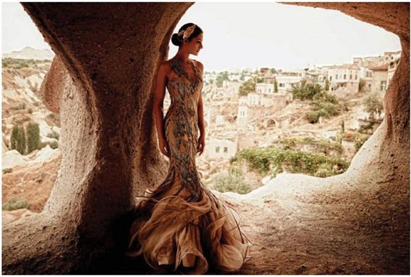 nargis-fakhri-photoshoot-for-elle-magazine-november-2015- (4)