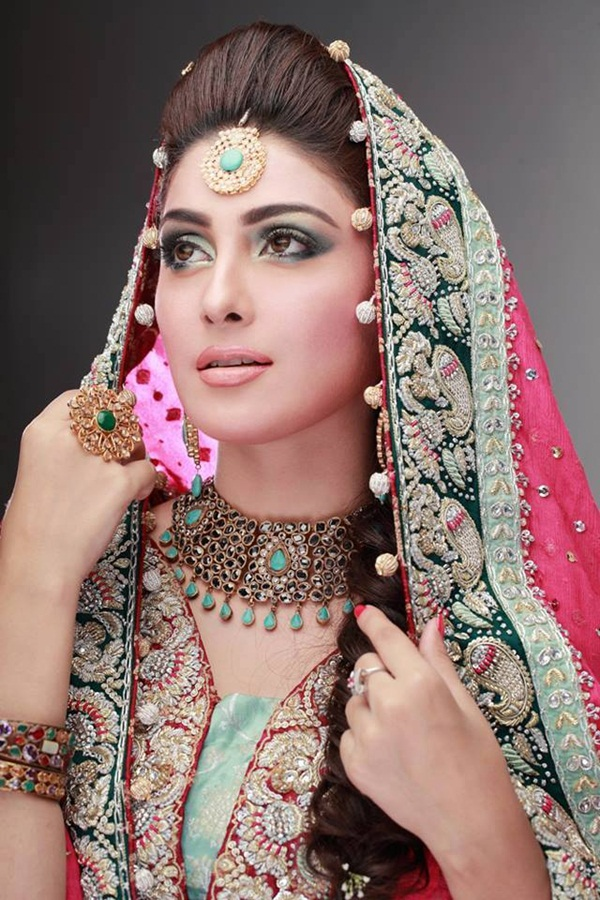 aiza-khan-bridal-photoshoot- (9)