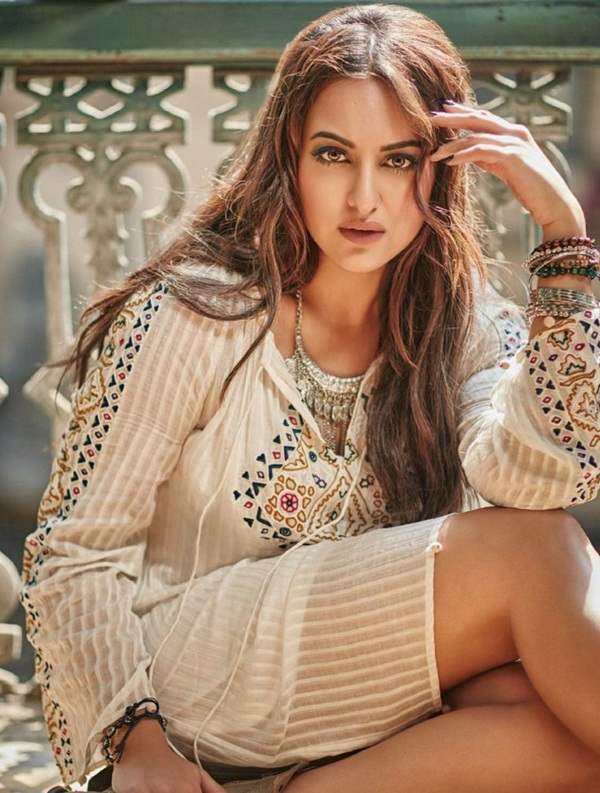 sonakshi-sinha-photoshoot-for-filmfare-magazine-february-2016- (6)