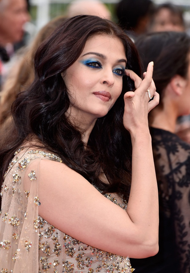 aishwarya-rai-in-cannes-2016- (5)