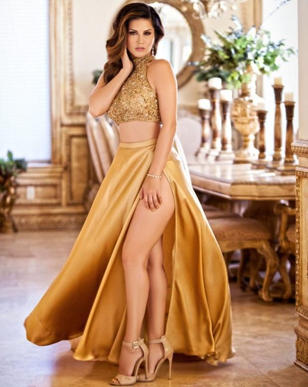 sunny-leone-photoshoot-for-lust-perfume- (3)