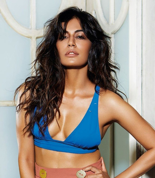 chitrangada-singh-photoshoot-for-fhm-magazine-june-2016- (1)
