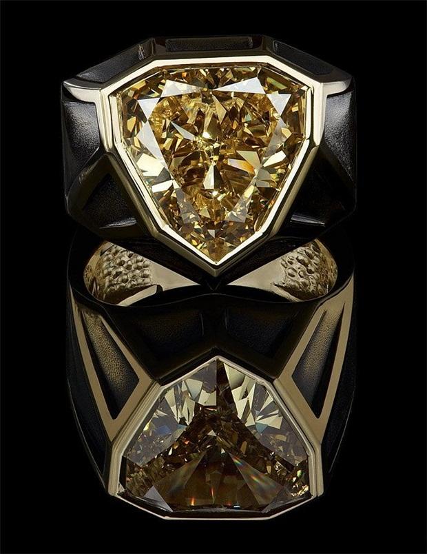 elegant-jewelry-with-precious-diamonds-and-stones- (11)