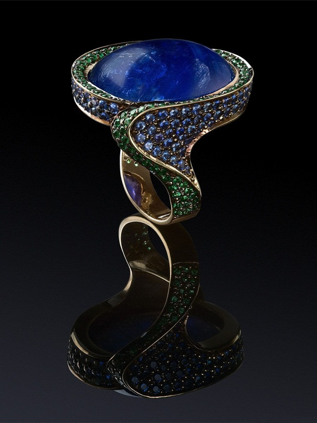 elegant-jewelry-with-precious-diamonds-and-stones- (19)