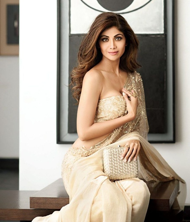 shilpa-shetty-photoshoot-for-hi-blitz-magazine-august-2016- (4)