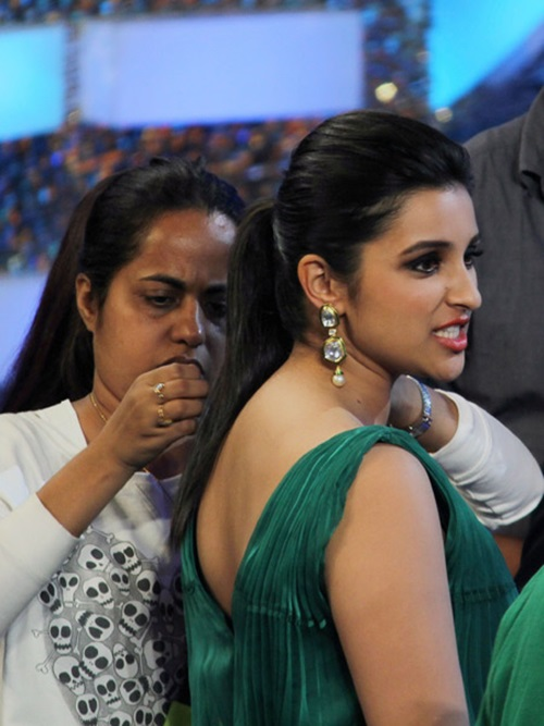 funny-expressions-of-bollywood-celebrities- (2)