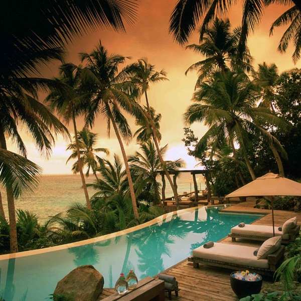 north-island-hotel-seychelles- (1)