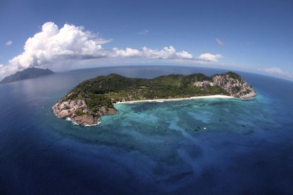 north-island-hotel-seychelles- (4)