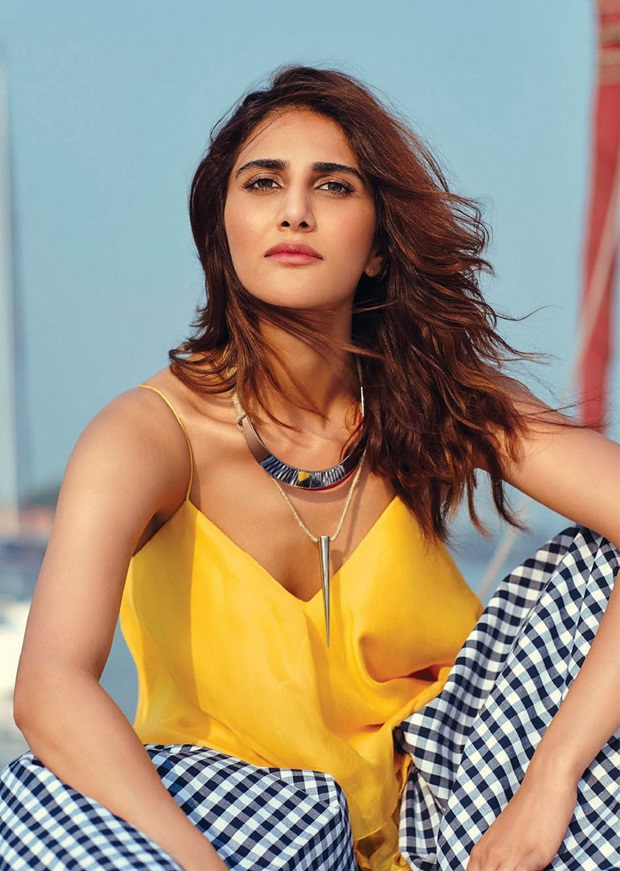 vaani-kapoor-photoshoot-for-elle-magazine-january-2017- (8)
