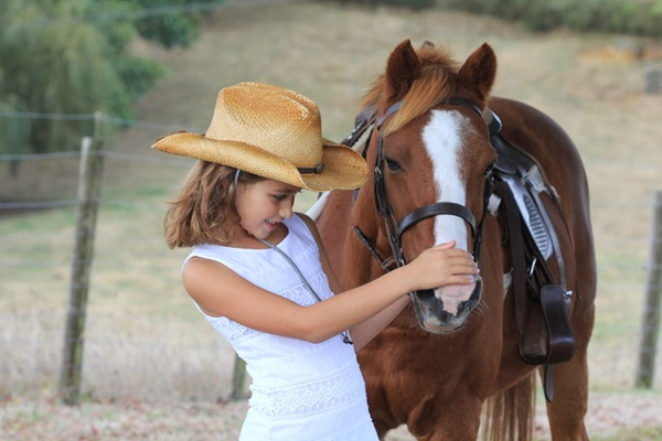 pictures-of-children-and-animals- (5)