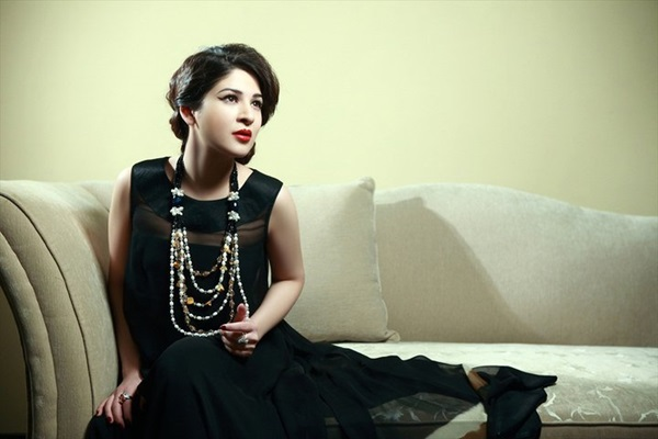 ayesha-omer-fashion-jewelry-photoshoot- (5)