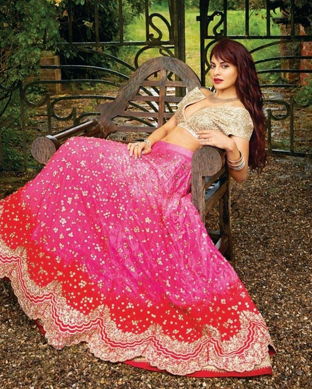 jacqueline-fernandez-photoshoot-for-harpers-bazaar-bride-magazine-june-2017- (4)