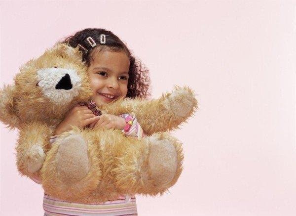 baby-hug-photos- (16)