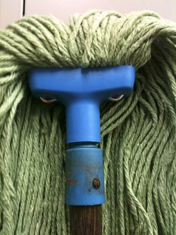 funny-face-on-inanimate-objects- (13)