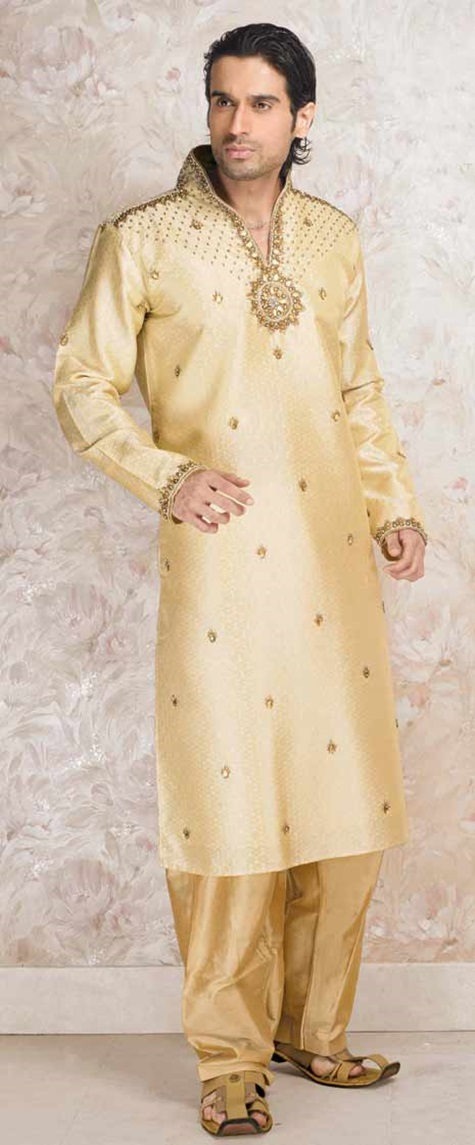 festive-pathani-suits-for-men- (3)
