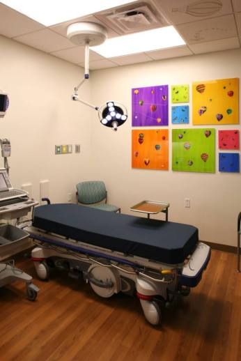 John C. Lincoln Hospital Review - Unique children's rooms