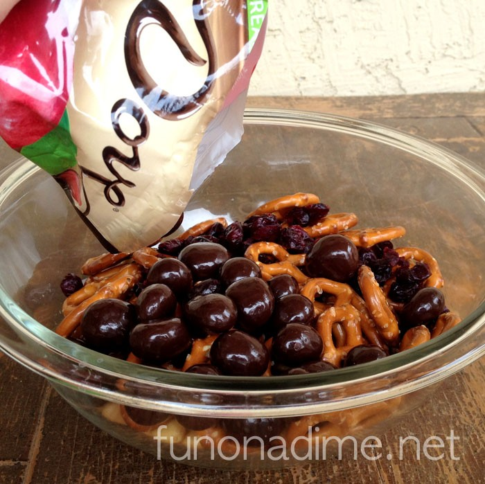 Cherry Dove Fruit Trail Mix