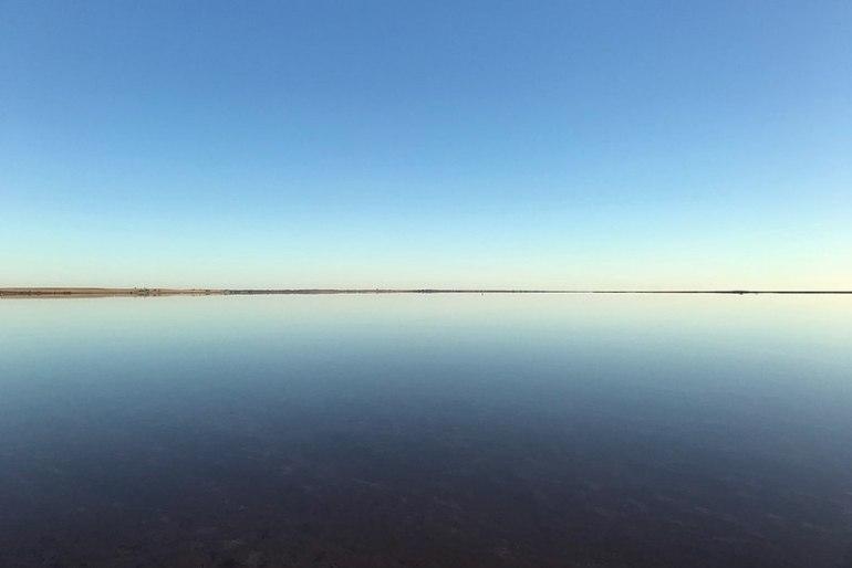 蒂勒爾鹽湖