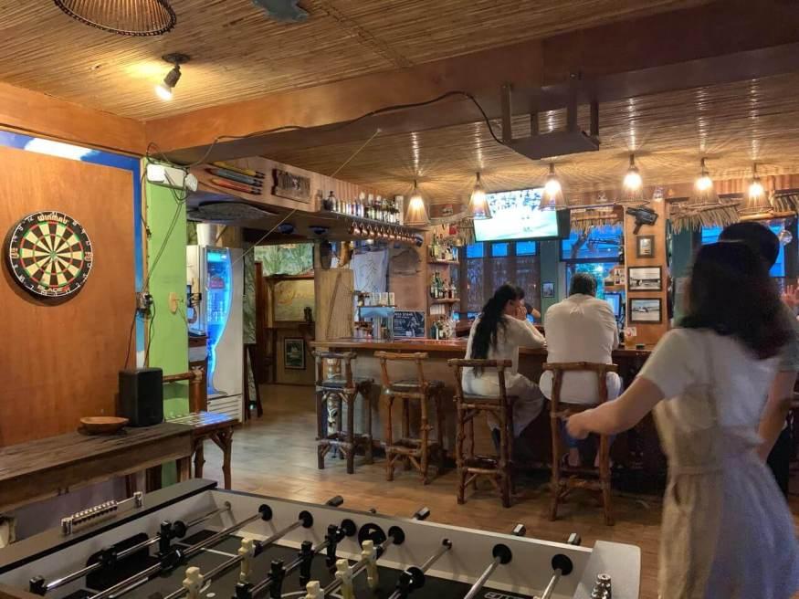 帛琉pizza店