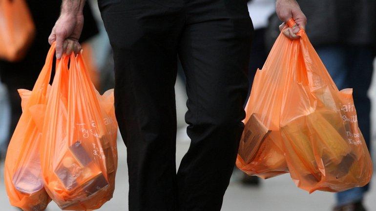 Em Portugal Cerca De 50 Empresas Assinam Pacto Para Usarem Somente Embalagens Recicláveis Até 2025