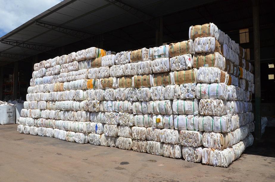 250 Toneladas De Embalagens De Defensivos Agrícolas Já Foram Recolhidas