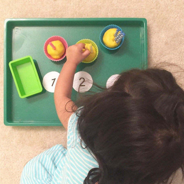 Play dough counting activity and color matching is perfect for toddlers to work on their fine motor skills, color matching, visual perception but most of all its fun!