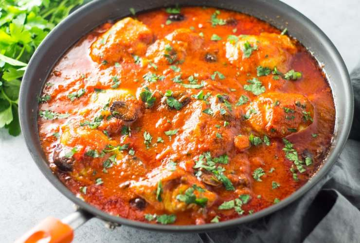 Filled with tender, juicy chicken and a savory, tomato-olive sauce, this Low Fodmap Chicken Cacciatore recipe is my kind of comfort food. Serve over mashed potatoes or polenta for a delicious supper!